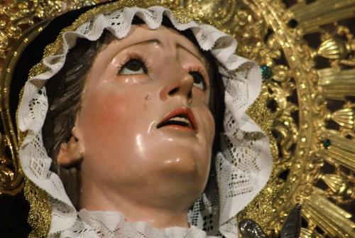 La Virgen de Gracia y Esperanza, Buen Fin y Mayor Dolor ataviadas para la festividad de los Fieles Difuntos