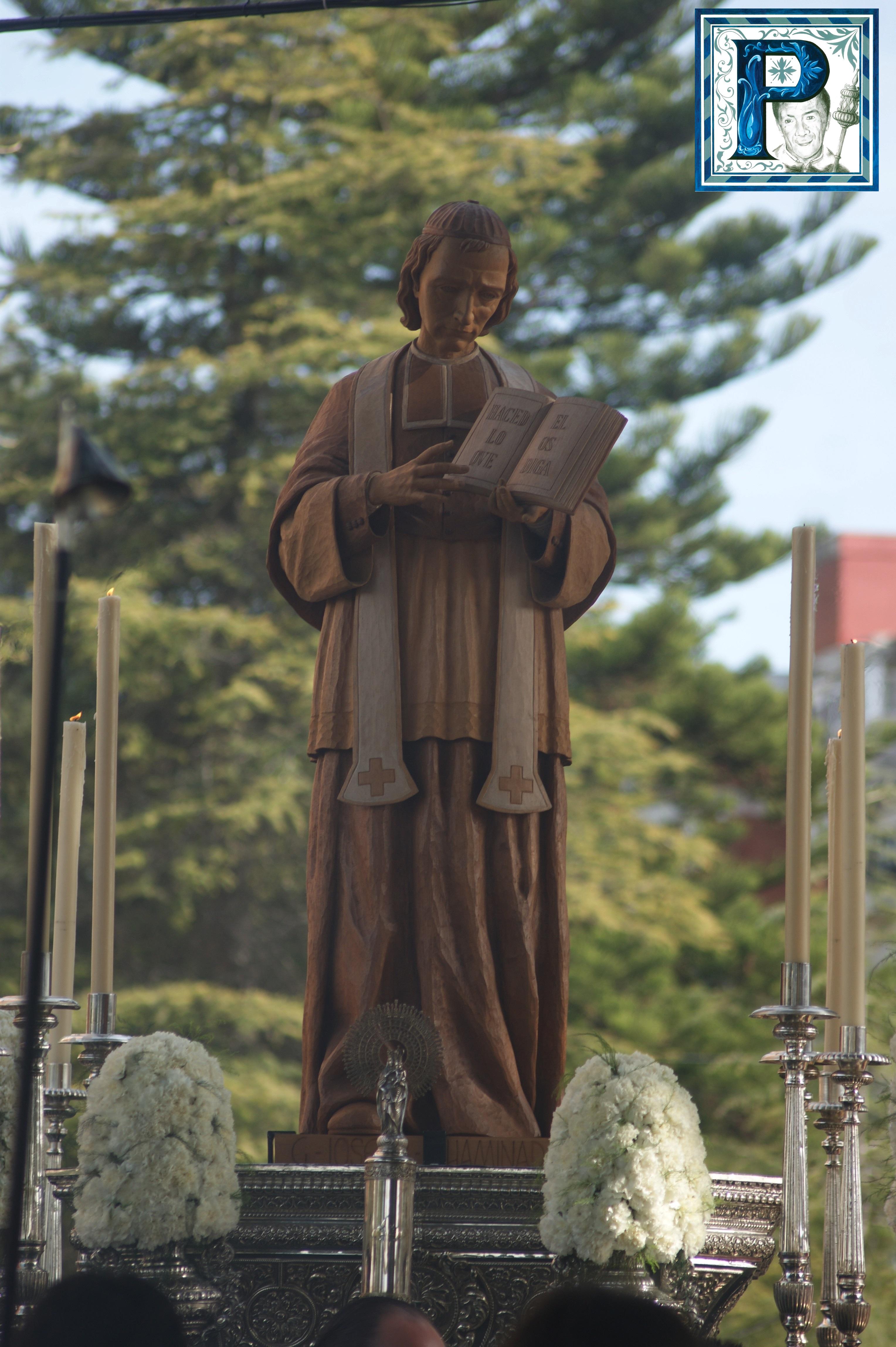 El Beato Padre Chaminade procesiona hoy por el interior de los Marianistas