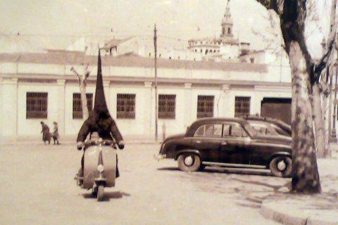 """""""¿Hay vida más allá de la muselina y la arpillera?"""" por José Ángel Ferrer"""