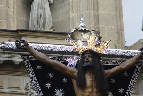 Siete imágenes que podrían presidir el Vía Crucis de las Hermandades 2018