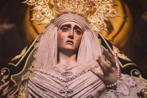 «Las dos madres que se miraron a los ojos» – por José Ángel Ferrer