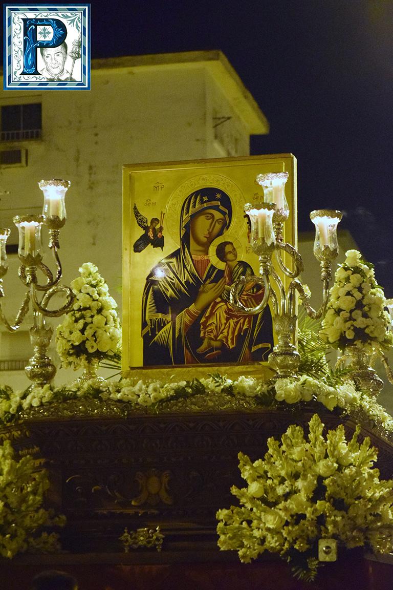 La Procesión del Icono del Perpetuo Socorro desde el objetivo de Lucas Álvarez