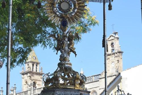 Cultos sacramentales en varias corporaciones jerezanas
