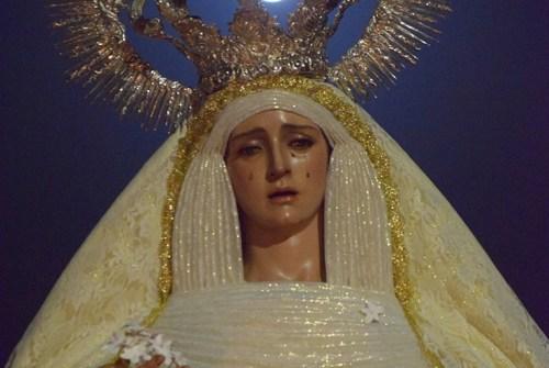 La Hermandad de la Entrega celebra la festividad de la Reina de los Ángeles