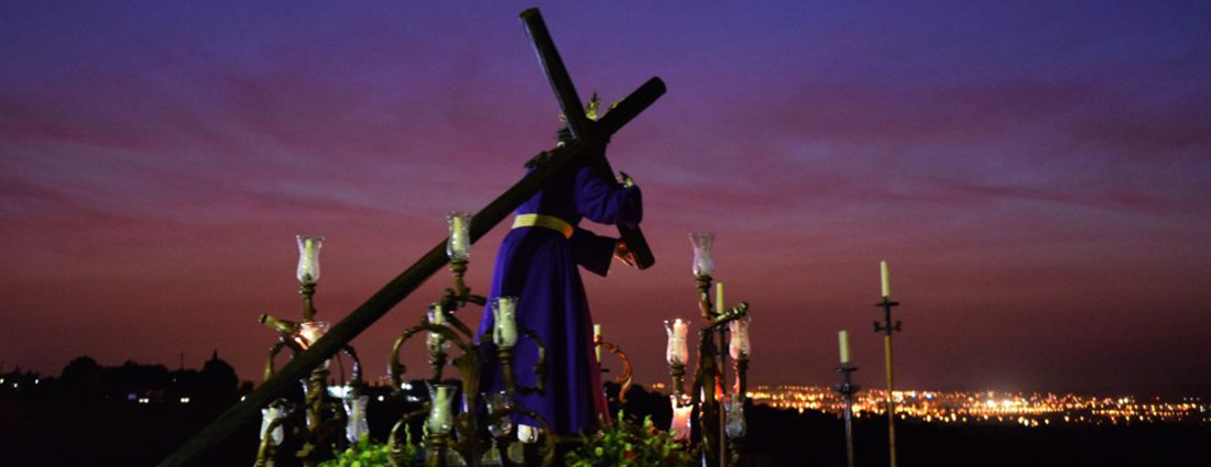 El Vía Crucis del Señor de la Paz desde el objetivo de Lucas Álvarez