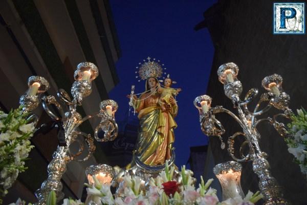 A PIE DE PASO: «La Virgen del Rosario del Beaterio en calle Pozuelo»