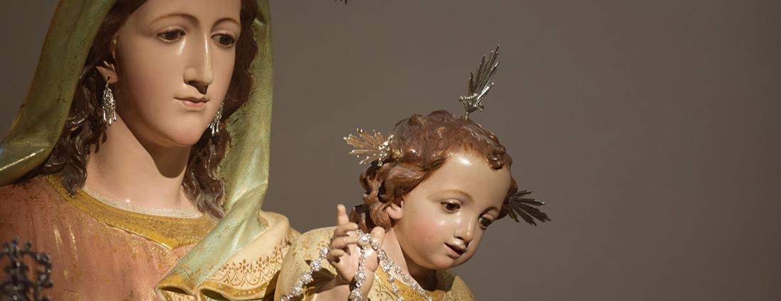 El Besamanos de la Virgen del Rosario del Beaterio desde el objetivo de Lucas Álvarez