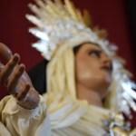 El Besamanos de Nuestra Madre y Señora del Encuentro desde el objetivo de Lucas Álvarez