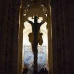 El altar de Cultos de la Buena Muerte desde el objetivo de Lucas Álvarez