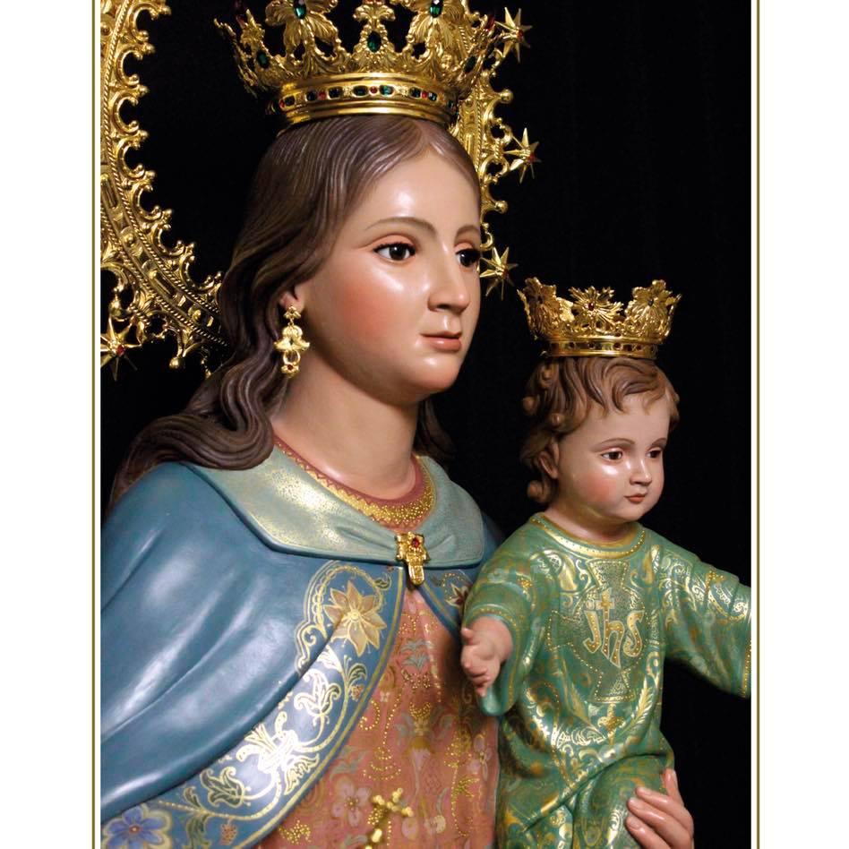 María Auxiliadora ya reina en La Barca