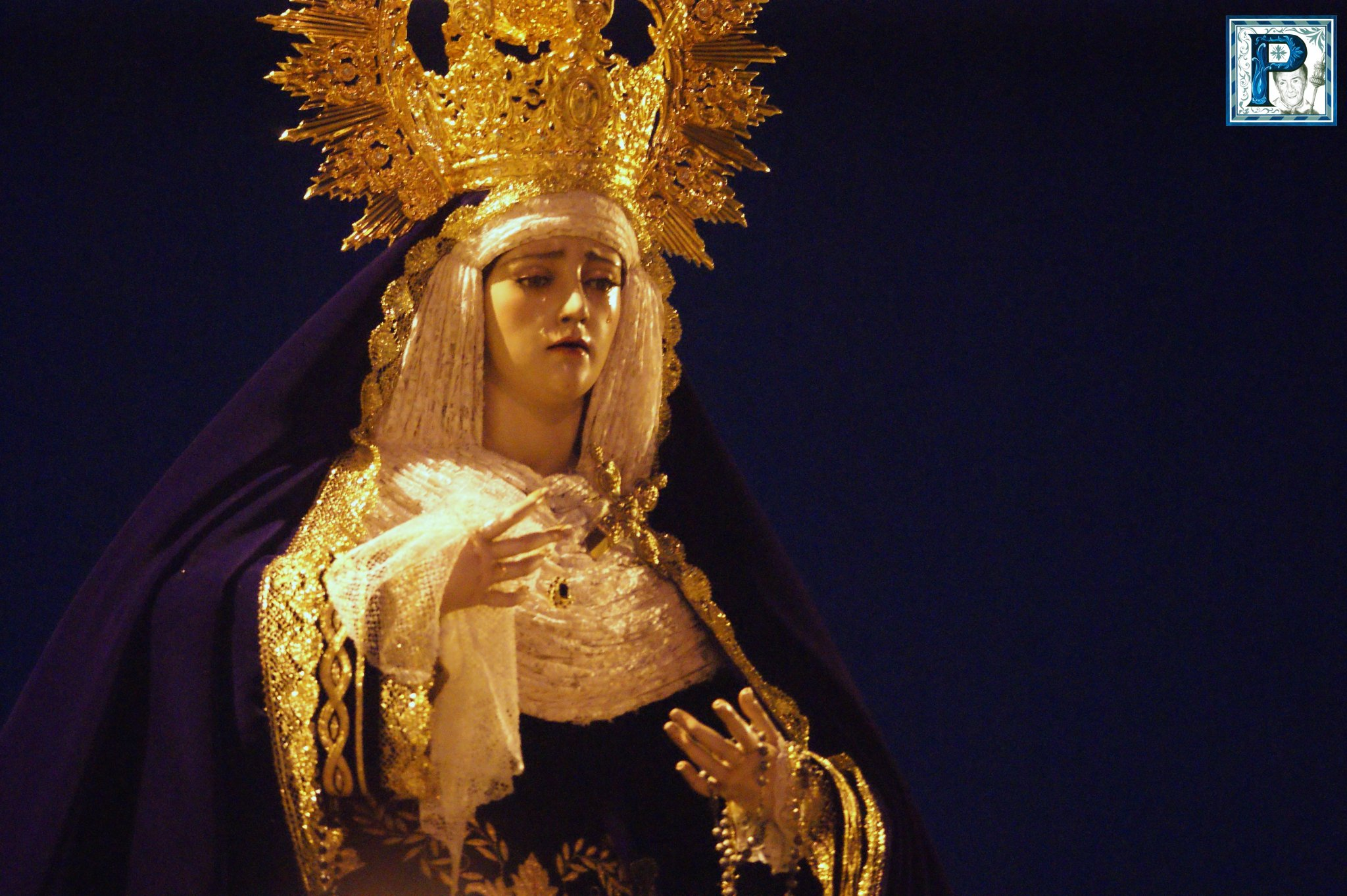 Rosario Vespertino presidido por Angustia de María