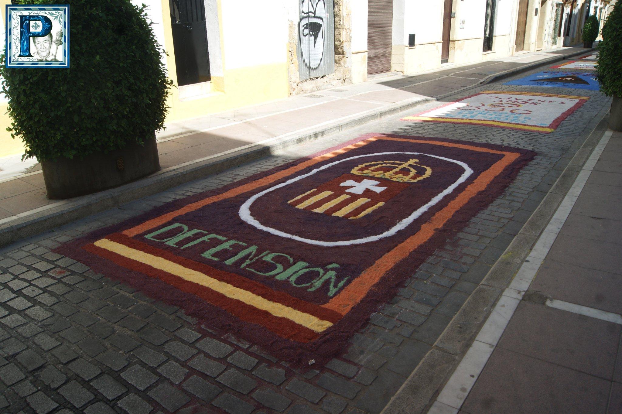 Las alfombras de sal para la Procesión de la Virgen de la Merced desde el objetivo de Lucas Álvarez