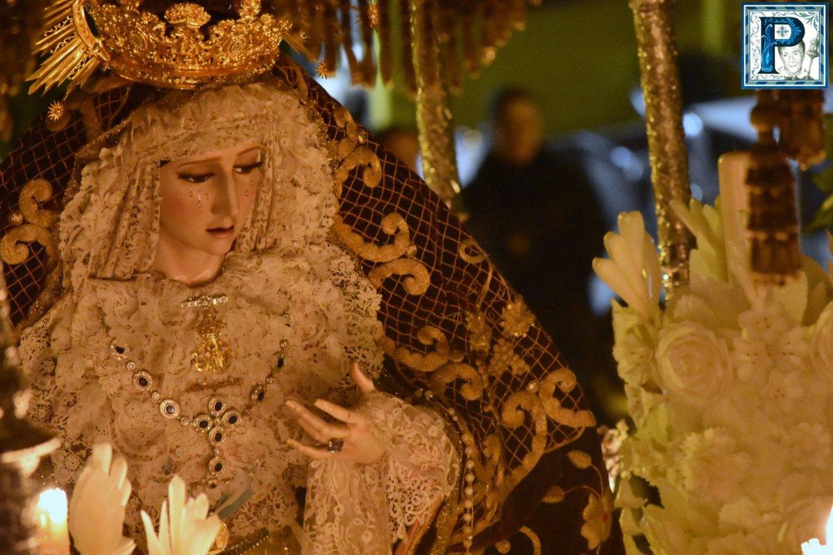 El Viernes Santo desde el objetivo de Lucas Álvarez