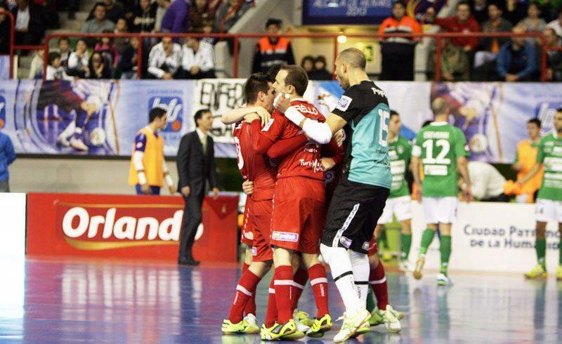 ElPozo Murcia pasa a semifinales al ganar 3-5 a Triman Navarra con un grandioso Rafa