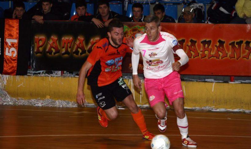 ElPozo Murcia suma un punto en la complicada  pista de Burela FS (1-1)