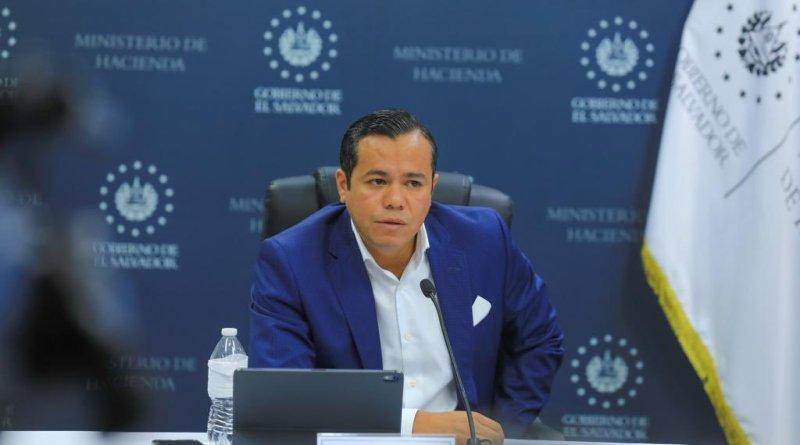 """""""Quiero ser claro que los salarios se seguirán pagando en dólares"""" afirma ministro de Hacienda"""