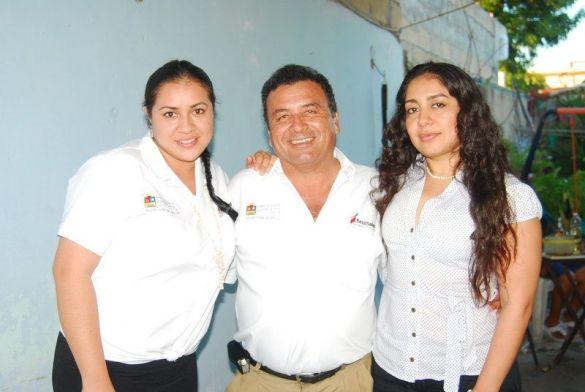 Ariadna Reyes y Carla Vegas.