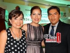 Erandi Marín Pardo; Paula Ireri Pech Marín, primer lugar en aprovechamiento de la generación 2012-2015 con 9.5 y Manuel Pech Palacio