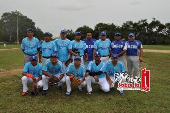 Los Tucanes de Cancún