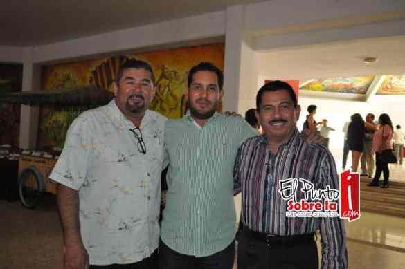 Ángel Gonzales, Luis Contreras Canto y Luis Contreras Castillo.