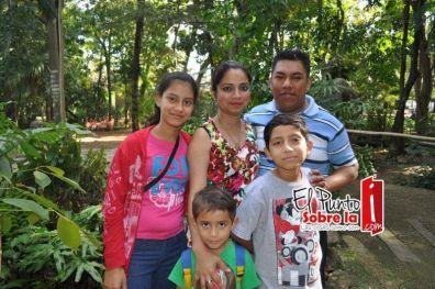 También estuvieron presentes la Familia Córdova Lara.