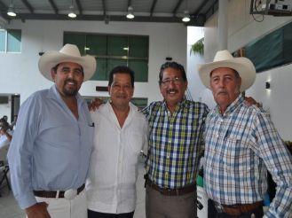 Jesús Sosa Jr, Carlos Gutiérrez García, Florentino Balam y Jesús Sosa Gómez.