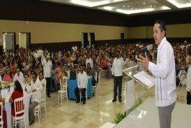 Quintana Roo es un estado rico, porque tiene a madres trabajadoras que día a día luchan: Carlos Joaquin
