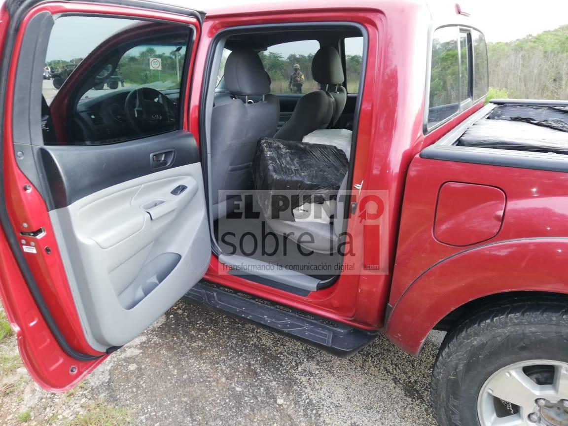 Ejército derriba presunta narcoavioneta en Quintana Roo