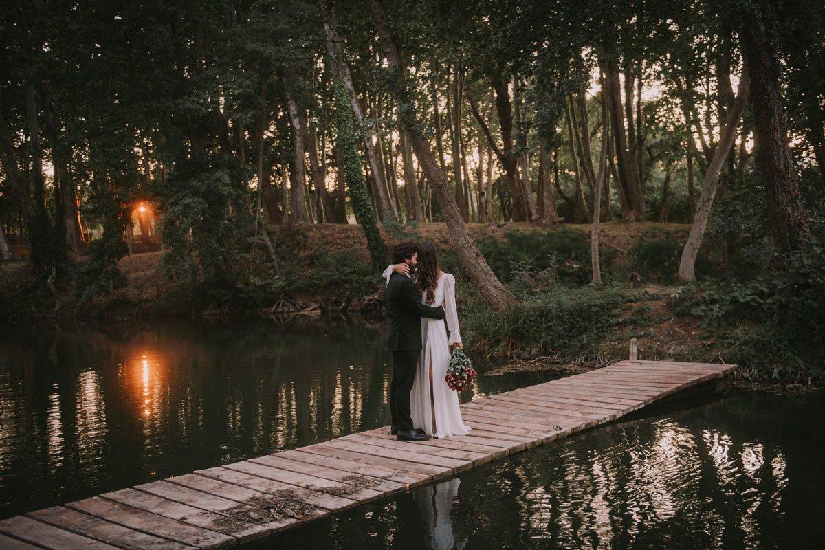 foto de boda en la farinera de sant lluis
