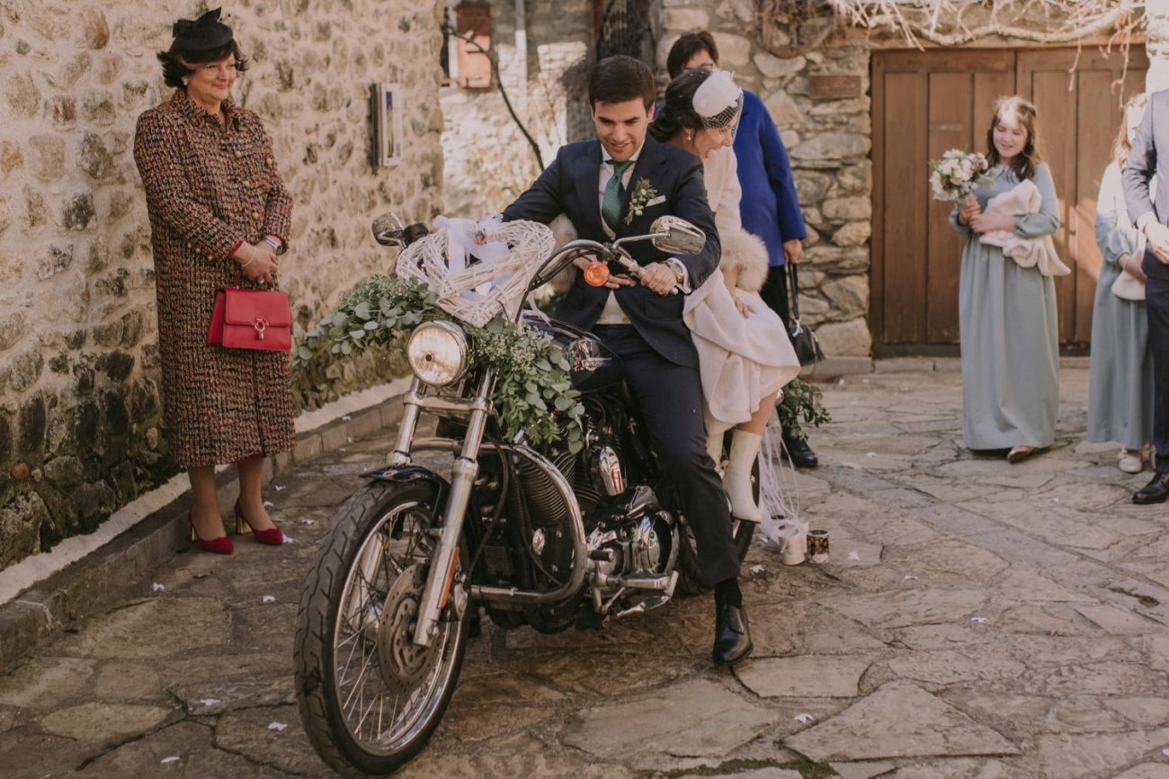 boda con moto harley davidson