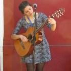 El viernes la cantante rancagüina Mari Ajo mostrará su música