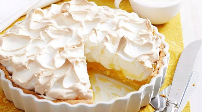 Pastel de merengue y limón