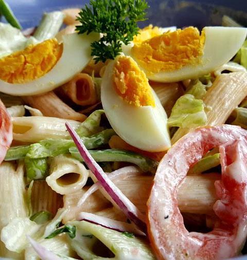 Ensalada de Pasta y Huevos
