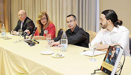 Fotografía del acto de presentación de El Reino de las Sirenas en el Hotel Montera Plaza de Los Barrios el 7 de octubre de 2011