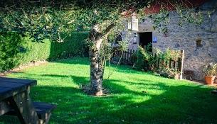 jardin-exterior-casa-rural