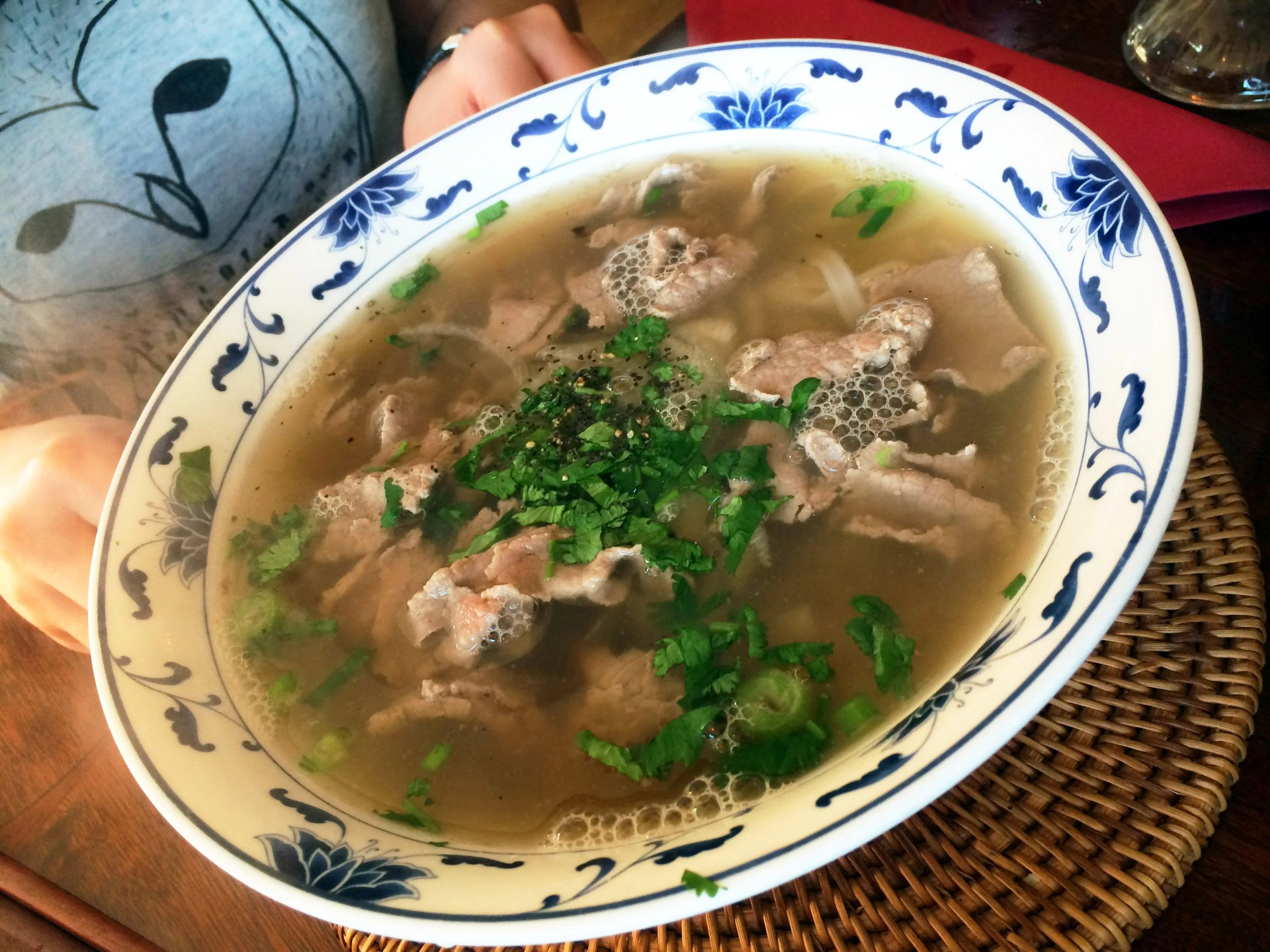 Flat rice noodles with well-done brisket & thinly slice rare beef (Pho bo)
