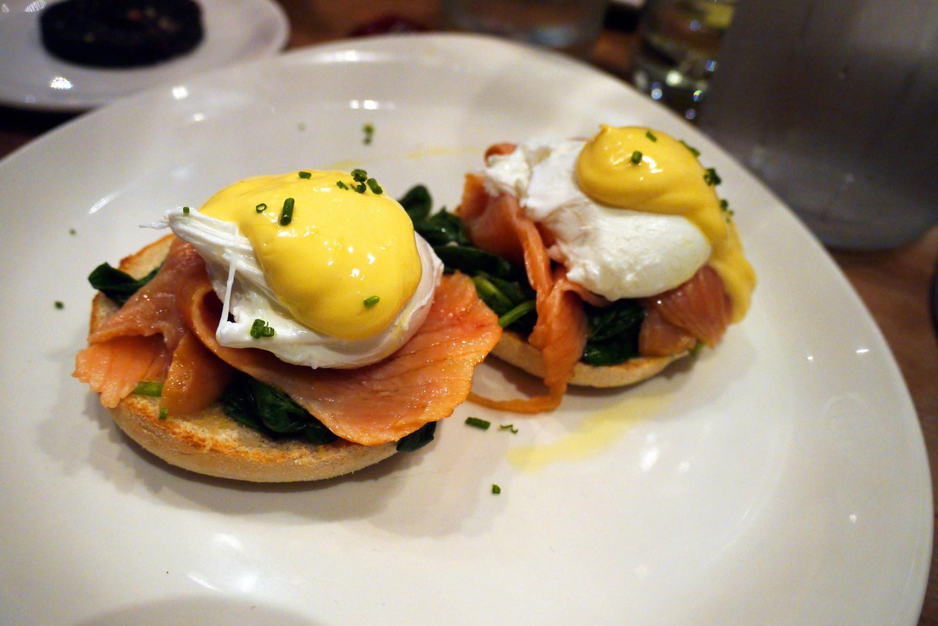 Eggs Norwegian