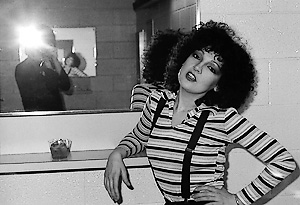 Karla DeVito still, as found on elsaelsa.com