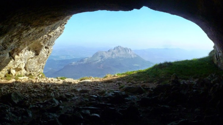 Cueva de Mari en Amboto