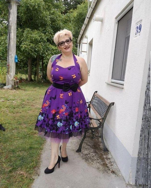 Una fotografía de Chus con un vestido vintage de elsecretodecarol.com. ¡Gracias por compartirla!