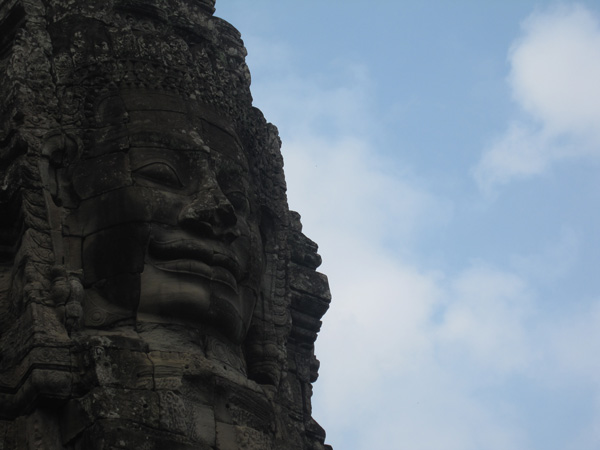 angkor-thom-faces
