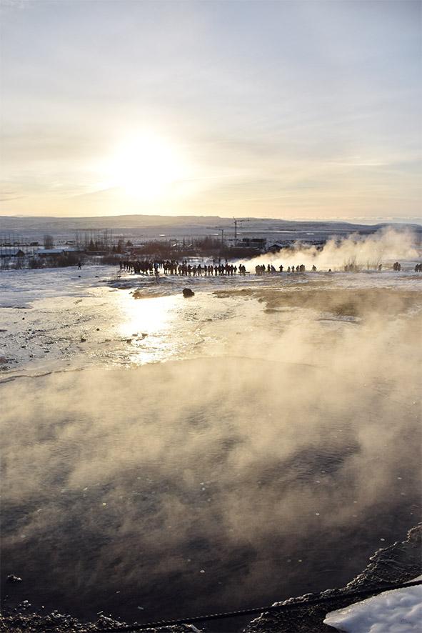 Thermoactief gebied bij de geiser Geysir IJsland