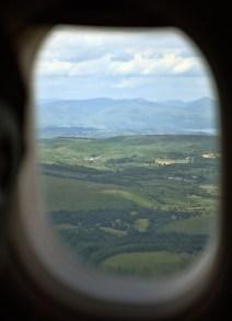 Uitzicht op Schotland vanuit het vliegtuig