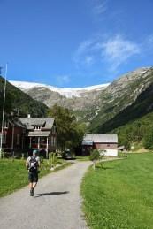 Het begin van de beklimming van de Buer gletsjer