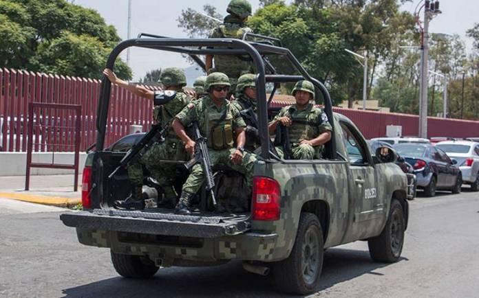 Image result for Disparan contra base de la Policía de Chapala
