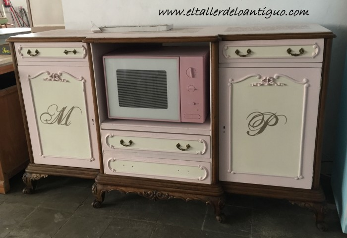 10-mueble-para-plato-mary-paint