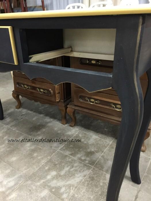 2-mueble-oro-y-negro