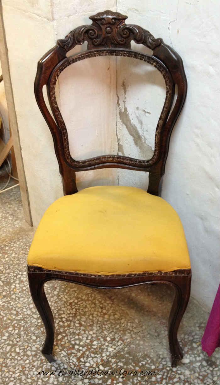2-doramos-una-silla-con-papel-de-oro