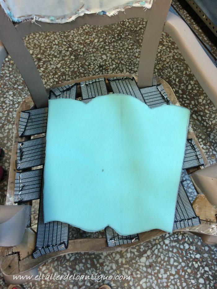 3-como-tapizar-un-respaldo-de-silla