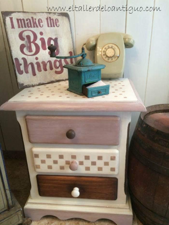 Pintar muebles de pino miel el taller de lo antiguo for Pintar muebles con spray